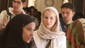 Irak og Afghanistan har sat sit tydelige præg på flere film, der vises i Cannes, og konspirationsthrilleren 'Fair Game' af Doug Liman er et glimrende eksempel på en vigtig og relevant film om emnet.
