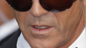 Hvad er sandheden om Mel Gibsons langvarige mentale sammenbrud? Er han et monster eller snarere et mysterium? Vi søger et svar i anledning af Gibsons hovedrolle i Jodie Fosters drama 'The Beaver', der har dansk premiere i dag
