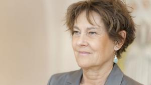 Ifølge SF-profilen Anne Grete Holmsgaard skal partiet i højere grad profilere egne mærkesager frem mod det kommende valg.
