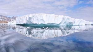 Høje temperaturer i Arktis har i starten af juli medført et større tab af havis end tidligere målt på denne tid af året. Al Gore søsætter ny kampagne i lyset af de accelererende klimaændringer