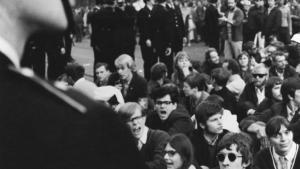 Inkompetence. PET tog markant fejl i sin analyse og håndtering af det nye venstre – som her protestebevægelsen mod Vietnamkrigen – i 1960'erne. Hvordan sikrer Folketinget, at PET fremover evner at forstå og analysere sine mange oplysninger korrekt?