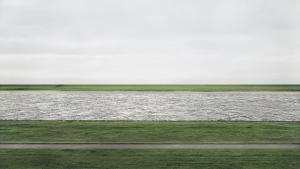 Rhein II, 1999 © Andreas Gursky