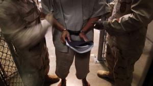 Efter 10 års uretmæssig indespærring på Guantanamo blev Adel al-Gazzar sat fri og sendt hjem til Egypten – blot for her at blive arresteret og fængslet igen
