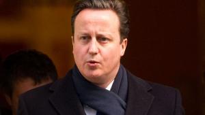 I EU-sammenhæng er David Cameron en af de ivrigste modstandere af en skat på finansielle transaktioner. I London fungerer en lignende skat allerede - og tilsyneladende uden problemer. Hvad foregår der lige her?