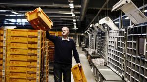 De fagligt aktive har bolden. Når det ikke er fagforeningen, der kan skabe det nære fællesskab længere, så bliver det arbejdspladsen. Og så er det op til de fagligt aktive på arbejdspladsen at skabe forankringen til hovedorganisationen, siger Morten Søndergaard.