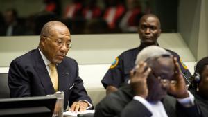 Liberias tidligere præsident, den 65-årige Charles Taylor, da hans appelsag om 50 års fængsel i går blev afvist ved FN's Særlige Domstol for Sierra Leone i Haag. Han blev idømt den lange straf for sine krigsforbrydelser fra 1996 til 2002 begået under den blodige borgerkrig i nabolandet Sierra Leone.
