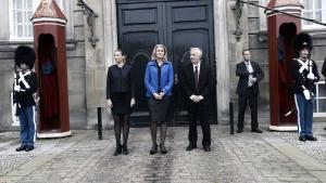 Statsminister Helle Thorning-Schmidt præsenterer Mette Frederiksen som ny justitsminister og Henrik Dam Kristensen som ny beskæftigelsesminister foran Amalienborg fredag d. 10 oktober 2014.
