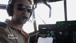 Forsvaret lægger selv videoen med denne pilot – kaldet ZOR – offentligt frem. Men resten er lukket land for offentligheden.Du kan se videoen længere nede på siden.