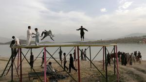 Måske kan den hårdtprøvede afghanske civilbefolkning se frem til, at der for første gang i 15 år kommer gang i en reel fredsproces.