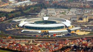 Den britiske efterretningstjeneste GCHQ's hovedkvarter i Cheltenham i det sydvestlige England. GCHQ er under mistanke for at stå bag et sikkerhedshul i produkter fra Juniper, en af verdens førende producenter af netværksudstyr.