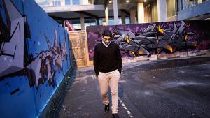 Saer El-Jaichi vil egentlig helst undgå betegnelsen 'nydansker'. 'Egentlig burde vi bare tale om borgere,' siger den 36-årige debattør, der underviser i islamiske studier på Københavns Universitet