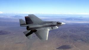 Joint Strike Fighter er et fly, der især tilgodeser dansk deltagelse i internationale offensive kampagner .