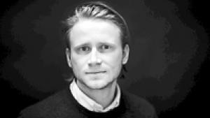 Bjarke Due GunslevFødt 1987. Kulturjournalist og litteraturstuderende. Har først for nyligt fået respekt for det okkulte