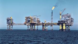 Med den nye aftale sikres det, at Tyra-feltet, der behandler 90 procent af al dansk gas fra Nordsøen, bliver totalrenoveret