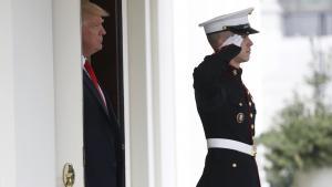 Republikanerne står historisk stærkt, men står også historisk så meget i vejen for hinanden, at Trump ikke kan bruge sine tropper til ret meget.