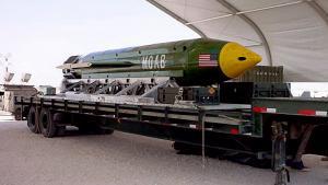 Amerikansk militær smed tidligere på måneden den ti tons tunge MOAB for at ødelægge et tunnelsystem, Islamisk Stat brugte i Afghanistan.