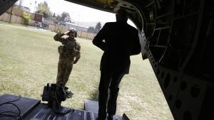 Den amerikanske forsvarsminister Jim Mattis ankommer til Kabul tidligere denne uge. I sidste uge angreb Taleban den afghanske hærs hovedkvarter i Balkh-provinsen i det nordlige Afghanistan. Mere end 160 afghanske soldater blev dræbt, da ti talebanere forklædt som soldater slap ind på basen. Angrebet har foreløbig kostet den afghanske forsvarsminister Abdullah Habibi og den afghanske hærchef Qadam Shah Shahim jobbet.