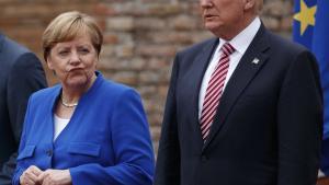 Efter en uge med NATO- og G7-topmøder talte den tyske kansler, Angela Merkel, søndag ved et arrangement med CDU's søsterparti, CSU, i et øltelt i München. Her sagde Merkel blandt andet: 'De tider, hvor vi helt og holdent kunne forlade os på andre, har efterhånden været forbi i et stykke tid. Det har jeg mærket de seneste dage.'