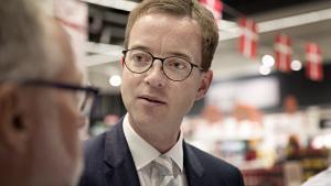 Nu klager flere lokale SF'ere over fødevareminister Esben Lunde Larsens planer om at tillade havbrug at forurene mere.