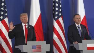Præsident Donald Trump holder pressekonference sammen medAndrzej Duda, Polens præsident.