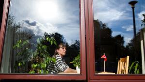 Lene Kruhøffer føler sig i stigende grad som en fremmed i Skotland, hvor hun ellers har boet i 33 år. Nu har hun fået job i Tønder og flytter retur til Danmark.