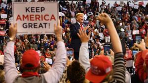 Rune Lykkeberg: Donald Trump har udviklet en uhyggelig kontrol over dem, der skal dømme ham