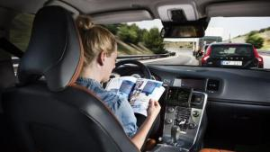 Som de første nogensinde har den tyske stat udstukket etiske retningslinjer for hvordan selvkørende biler skal træffe deres valg i trafikken. De må ikke skelne mellem trafikanter ved uheld og skal til enhver tid acceptere skade på dyr og materiel frem for mennesker. Men ikke alt er besvaret.