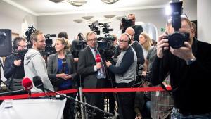 De etablerede medier har problemer med troværdigheden, hvis man spørger den danske befolkning. Det er blevet mere legitimt at sværte medierne til, siger forsker