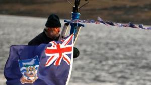 Hvad er det britiske og hvilke konsekvenser vil det have for Skotland at løsrive sig fra det? Ian Jack reflekterer over kulturel identitet og tilhørsforhold i anledning af morgendagens skotske valg om uafhængighed.