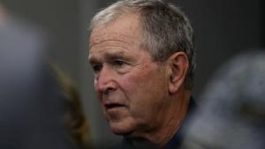 George W. Bush, republikansk præsident i USA mellem 2001-2009, melder sig nu i koret af kritikere over den hårde linje den nuværende administration har til de amerikanske demonstranter
