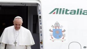 Homoseksuelle skal integreres i samfundet og ikke marginaliseres, siger pave Frans I