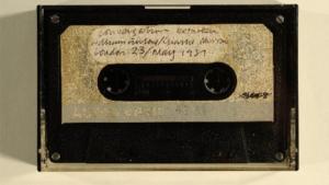 I 1972 begyndte kunstneren William Furlong at lave podcasts, som han distribuerede på kassettebånd - nu er optagelserne kommet online på Tate.org.uk med optagelser af blandt andet Andy Warhol, Jarvis Cocker, Tracy Emin, Damien Hirst samt mange flere.