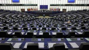 Nye præciseringer i EUs retningslinjer for internetudbydere, gør det sværere at prioritere bestemte typer af internettrafik over andre. Forkæmpere for netneutralitet kalder det en sejr for det frie internet