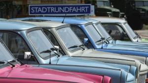 DDR nåede at eksistere i 41, men 23 år efter genforeningen med Forbundsrepublikken er den østtyske indentitet stort set forsvundet, skriver Spiegel