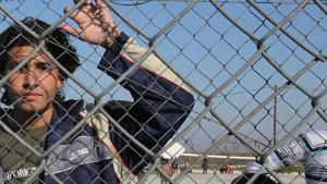 Mens tusindvis af fattigdomsflygtninge de sidste mange år har mistet livet i forsøget på at nå til Europa, ser det anderledes ud for nyrige russere og kinesere. Nye love i kriseramte EU-lande giver folk med ejendomme i landet automatisk opholdstilladelse, så de frit kan rejse ind og ud af Europa, skriver tyske Spiegel
