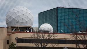 Selv computere, der er ikke koblet på nettet kan blive og bliver aflyttet af NSA, skriver New York Times