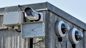 Et betydeligt antal af kameraer på 1749 steder i København filmer ulovligt. Politiet gør ikke noget ved det
