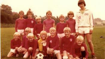 Morten Søndergaard fortæller om barndom og fodbold i dette essay.