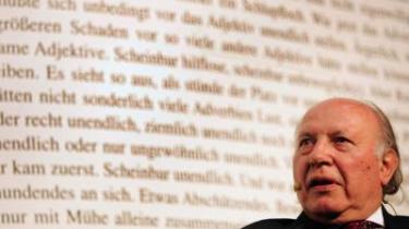 Europa er konstant blevet mindet om at huske historien, men utroligt nok står vi i dag med den samme ideologiske ubeslutsomhed som før det 20. århundredes to verdenskrige, mener nobelprismodtager Imre Kertész.
