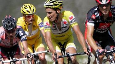 Cadel Evans, Michael Rasmussen, Iban Mayo og Alejandro Valverde på vej op ad Galibier under gårsdagens etape, der var præget af taktiske finesser, modige angreb og store nederlag.