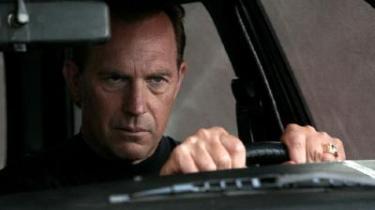 Kevin Costner som familiefar og koldblodig morder.