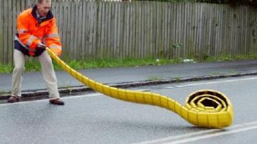 Forsøg med mobile vejbump har vist sig effektive til at få trafikanterne til at liste af sted
