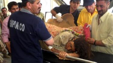 Hele dagen i går fortsatte dødstallet efter et terrorangreb mod indbyggerne i byen Qahataniya i Irak med at stige. En leder af hospitalerne i området anslog over for tv-stationen al-Jazeera, at op mod 500 mennesker kan være blevet dræbt.