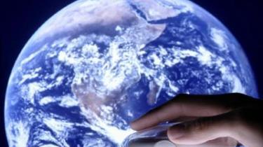 Internet og internationalisering har skruet op for plagiering blandt de studerende. Universiteter kæmper imod med avancerede søgemaskiner og nye eksamensformer