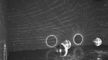 Århus Festuge løb i år af stablen med en ny direktør i spidsen. Festuge-ledelsens erklærede mål har været at sætte byen og dens borgere i bevægelse, og årets kunstneriske udbud viser en samtidskunst, der i enhver forstand rører på sig