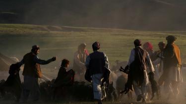 Pashtunerne er i dag generelt uglesete, fordi hovedparten af de talebanske oprørere i Afghanistan er pashtunere, og disse får støtte fra deres landsmænd i det pakistanske stammebælte.