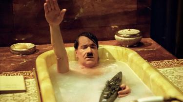 Vel at mærke kun på film, hvilket kom til udtryk i CinemaxX, hvor latteren bølgede i kaskader over den nedbrudte diktator, mens Jim Sheridan et andet sted i byen fortalte, at han helst skal trues på livet, før han afleverer et manuskript. En serber i Beograd får et tilbud, som er svært at afslå og svært at tage imod