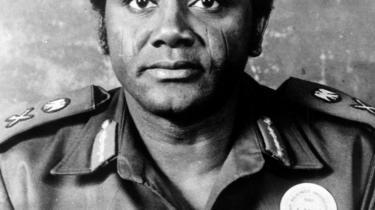 Sani Abacha, Nigerias militærleder og de facto-præsident i perioden 1993-98, stjal mellem to og fem mia. dollar fra statskassen og anbragte dem på schweiziske bankkonti.