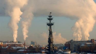 Muligvis vil Boris Jeltsin-monumentet i Moskva komme til at overgå det monstrøse sejlskibs-monument for zar Peter den Store, der ligger midt i Moskva-floden.