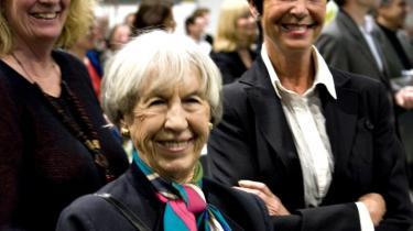 Forfatteren Lise Nørgaard og Københavns politidirektør, Hanne Bech Hansen, har også deltaget i samtalebøger, henholdvis med Venstres Birthe Rønn Hornbech og IN-s chefredaktør, Camilla Lindemann.